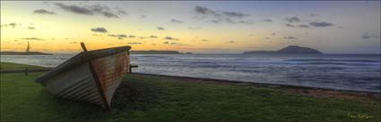 A New Dawn - Norfolk Island (PBH4 00 19001)