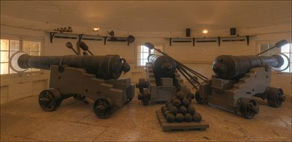 Canons - Fort Denison - NSW T (PBH4 00 9723)