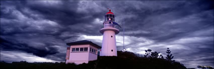Double Island Point Lighthouse - QLD (PB00 4631)