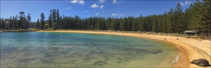 Emily Bay - Norfolk Island  NSW (PBH4 00 12005)