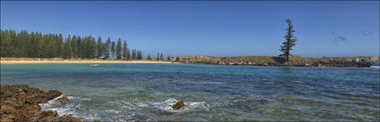 Emily Bay - Norfolk Island - NSW (PBH4 00 11999)