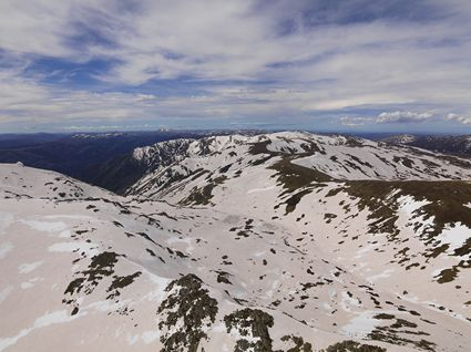 Overlooking Lake Albina - Kosciuszko NP - NSW SQ (PBH4 00 10478)