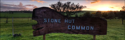 Stone Hut Common Sign - SA (PBH3 00 22316)
