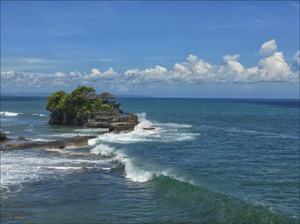 Tanah Lot Sea Temple - Bali SQ (PBH4 00 16521)