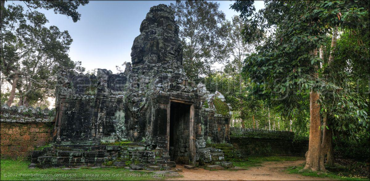 Peter Bellingham Photography Banteay Kdei Gate T (PBH3 00 13684)