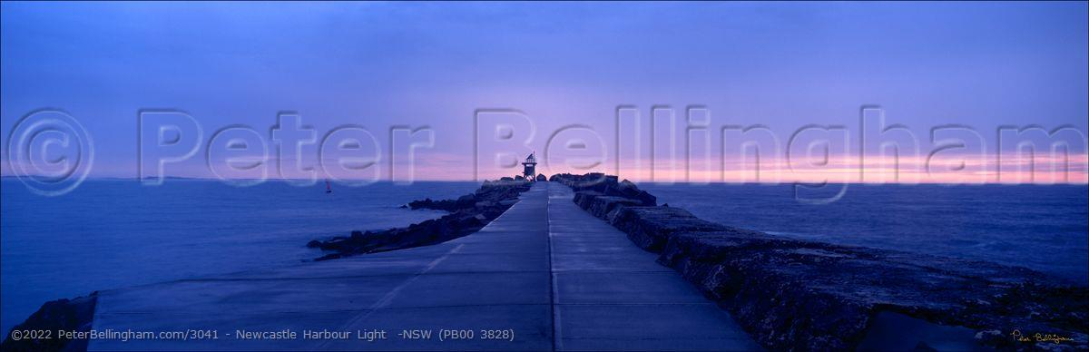 Peter Bellingham Photography Newcastle Harbour Light  -NSW (PB00 3828)